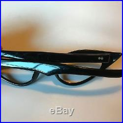 Black Winged Cateye Glasses, Vintage Cat Eye Glasses in Black with Silver Stars
