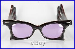 VINTAGE 1940s FRAME FRANCE RUNWAY PURPLE CAT-EYE AVANT GARDE SUNGLASSES