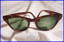 Vintage 40's Authentic cat eye Tortoise shell Bakelite Sunglasses frame France